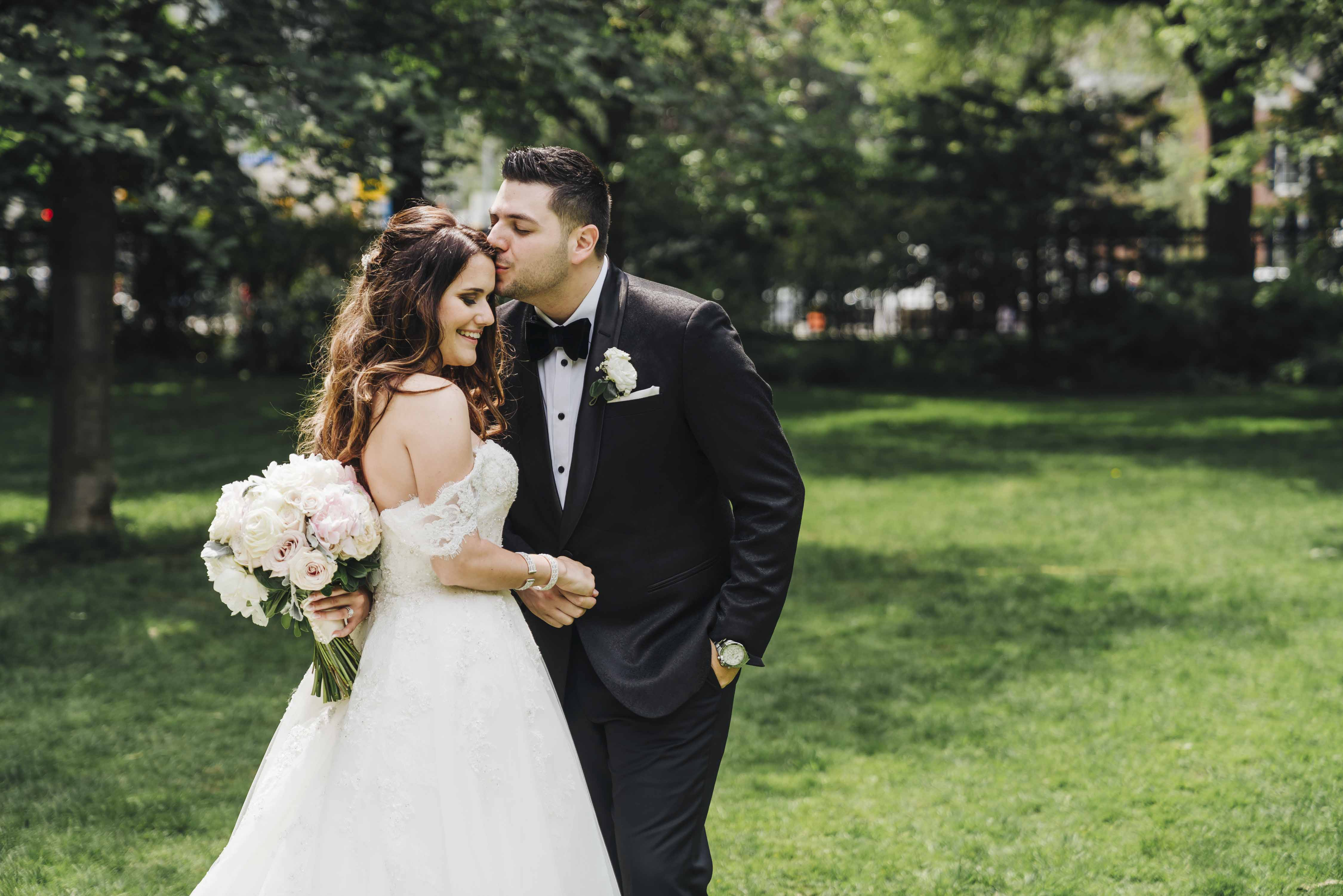 how to share your wedding photos